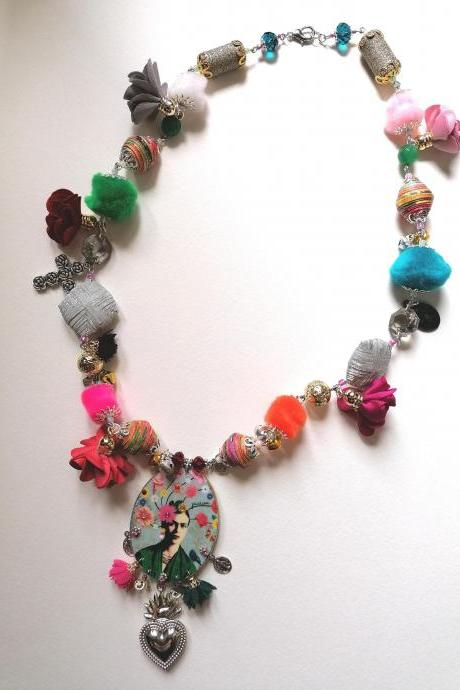 Frida Boutique capsule collection - 'Frida flower necklace' II