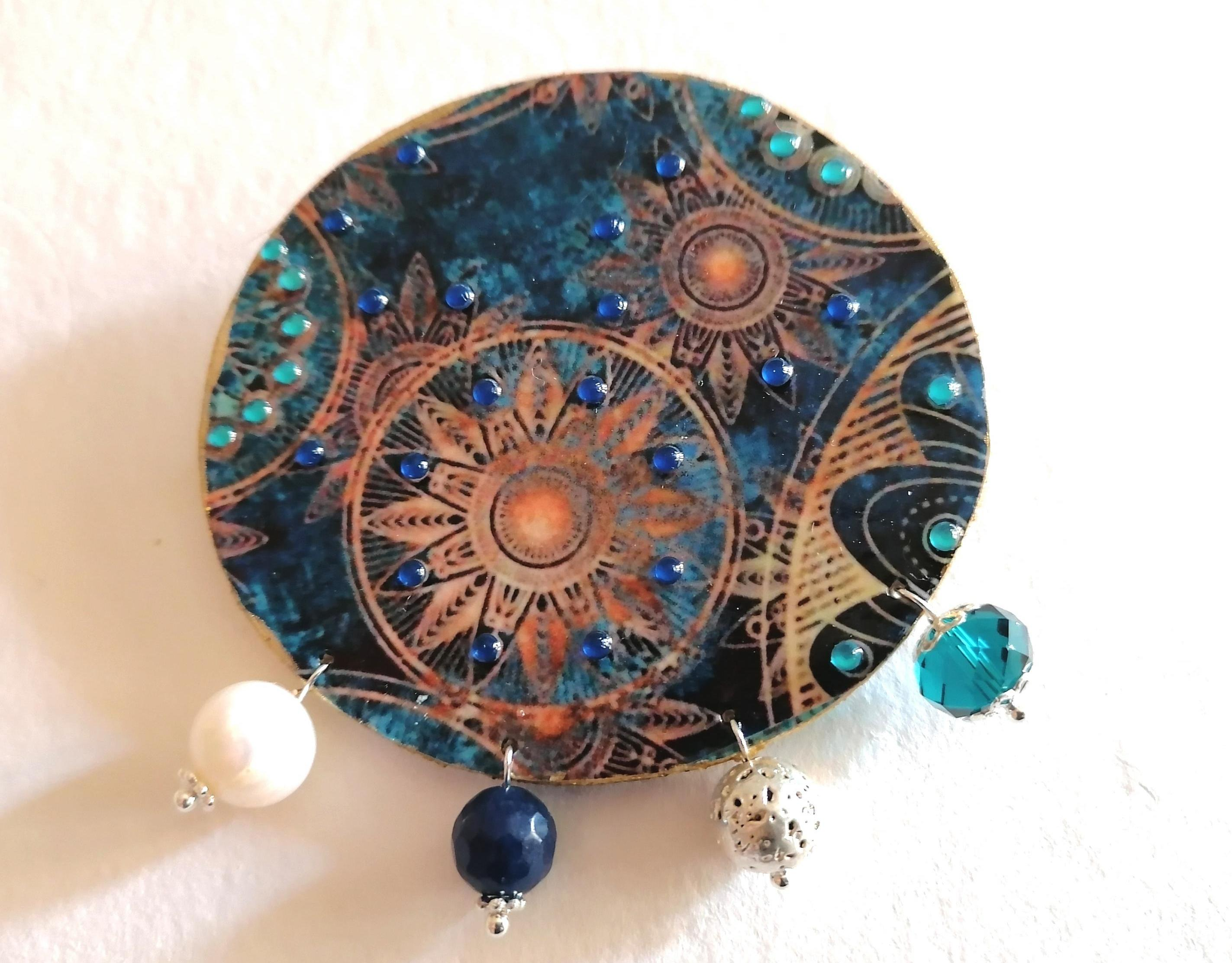 Brooch 'The planets'