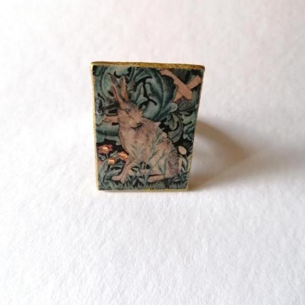 William Morris Hare ring